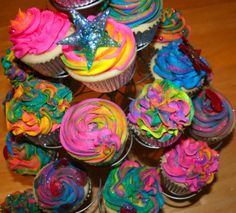 Cupcakes for Kassandra's 13th Birthday. She would love these in the Pink Lemonade flavor.
