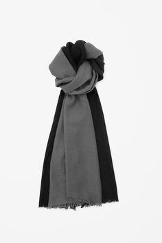Wool two-tone scarf