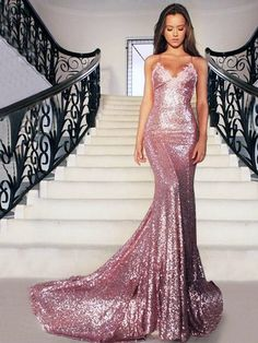Hot Backless V-neck Sequined Court Train Appliques Lace Trumpet Mermaid  Formal Dresses 1ae242e8f643