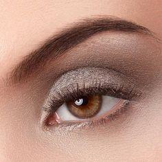 Keep me warm by exurbe cosmetics is a vegan eyeshadow in dark violet. exurbe eyeshadows are cruelty free. Dark Brown, Eyeshadow, Make Up, Glamour, Cosmetics, Warm, Sparkle, Darkness, Vegans
