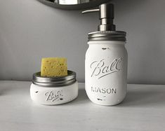 Kitchen sponge and soap holder for a rustic shabby chic kitchen decor / painted mason jars