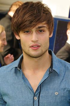 "Douglas Booth Photo - ""Shrek the Musical"" press night in London"