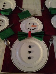 Happy snowman table setting
