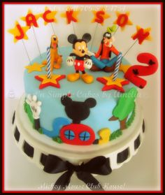 Small Mickey Mouse club house cake!!