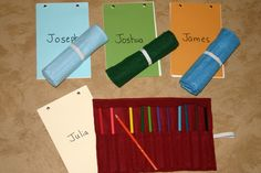 Homemade Art Supplies Felt Case- Minimal sewing and is great for the artist in your life. My Pops would love this!