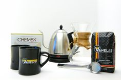 Chemex Brew Kit - The perfect kit for someone who wants to make pour over coffee for more than one person. The 6 cup Chemex pot is ideal for making coffee for your family, dinner gatherings, or just you and your friends. Making Coffee, How To Make Coffee, Brewing Equipment, Pour Over Coffee, French Press, Coffee Maker, Kit, Dinner, Friends