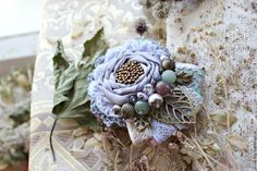 SINGLE FLOWER BROOCH -