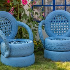 40 Smart Ways to Use Old Tires - Bored Art Tire Furniture, Outdoor Garden Furniture, Garden Chairs, Recycled Furniture, Handmade Furniture, Furniture Design, Automotive Furniture, Automotive Decor, Furniture Stores