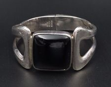 Vintage Taxco Sterling Silver Onyx Hinged Bangle Cuff Bracelet TD-09 82g BS864