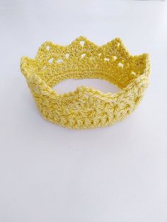 """crowns crocheted his listing is a """"PDF PATTERN ONLY"""" for the crochet crown/tiara. The price is for the PDF pattern only, NOT the finished product! Crochet Crown Pattern, Crochet Beanie Pattern, Crochet Patterns, Easy Crochet, Crochet Hooks, Acrylic Wool, Tiaras And Crowns, Half Double Crochet, Yarn Needle"""