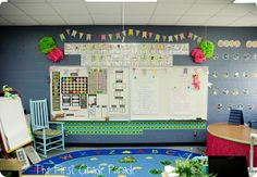 Calendar/Whole Group Meeting Area. She has lots of pictures and ideas to check out. The First Grade Parade...