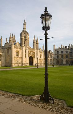 Gatehouse of King's College, Cambridge university, Cambridgeshire, England. been here before but Cambridge is one of my favourite places.