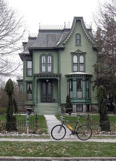 Exterior Paint Colors - You want a fresh new look for exterior of your home? Get inspired for your next exterior painting project with our color gallery. All About Best Home Exterior Paint Color Ideas This Old House, Cute House, Logan House, Architecture Résidentielle, Victorian Architecture, Historical Architecture, Beautiful Architecture, Style At Home, Beautiful Buildings