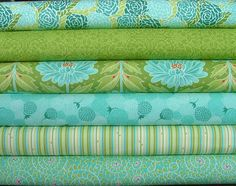 Chantilly Fat Quarter Bundle of 6 by Jessi by SistersandQuilters