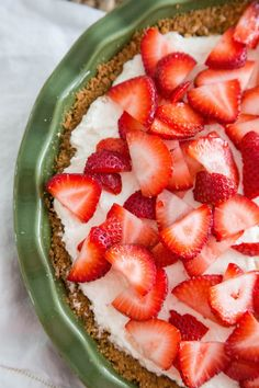 Recipe: No-Bake Cream Cheese Pie with Summer Fruit — Dessert Recipes from The Kitchn