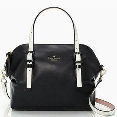 KATE SPADE WAVERLY STREET DREW ราคา 5990 บาท เท่านั้นค่ะ  ราคาพิเศษ ลดสุดๆจาก 8000 นะคะ  SIZE 8.75''h x 12.5''w x 5.5''d drop length: 5'' handheld, 20'' adjustable, removeable strap MATERIAL thick, soft, smooth cowhide with matching trim 14-karat light gold plated hardware custom woven pop art check printed on faille lining DETAILS handheld with cross-body and zip top closure interior zip & slide pockets ksny black printed signature with spade stud imported style # pxru4057