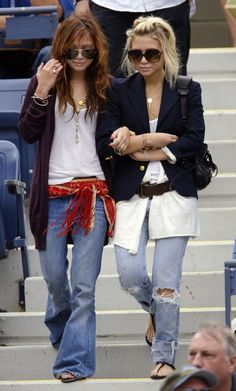 OLSENS ANONYMOUS MKA MARY KATE AND ASHLEY OLSEN STYLE FASHION BLOG TANK TOP PURPLE CARDIGAN STACKED BRACELETS RINGS LAYERED NECKLACES RAY BAN AVIATOR SUNGLASSES SCHOOL JACKET GOLD BUTTON WIDE LEG FLARE DENIM JEANS RIPPED CUFFED BELT SCARF BELT BAG