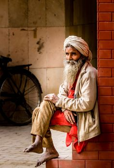 Outstanding portrait of an Indian man