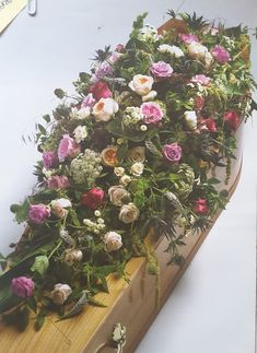 Floral Wreath, Anna, Wreaths, Table Decorations, Furniture, Home Decor, Decoration Home, Room Decor, Home Furnishings