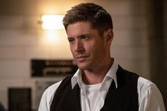 Michael Supernatural, Supernatural Season 14, Supernatural Episodes, Supernatural Funny, The Cw, Dean Winchester, Jensen Ackles, Alexander Calvert, Eric Kripke