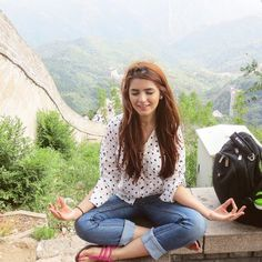 11 Things That Make Momina Mustehsan Even More Lovable Than She Is Cute Girl Poses, Cute Girls, Girls Dp, Momina Mustehsan Hot, Momina Mustehsan Engagement, Celebrity Pictures, Celebrity Style, Stylish Girl Images, Beauty Around The World