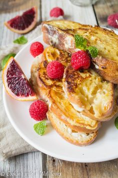 Honey Vanilla Whipped Cream Cheese Stuffed French Toast | Cooking with a Wallflower