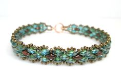Autumn bracelet green and bronze superduo by BuzzybeeBeading