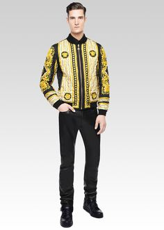 Show your iconic side. Discover more of the FW15 collection on versace.com