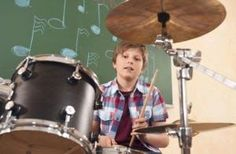Playing the drums has many benefits for your mental health. Improving memory Numerous studies have concluded that listening to music an. Singing Quotes, Singing Tips, Drum Lessons, Music Lessons, Effects Of Stress, Piece Of Music, Sounds Great, Nursery Rhymes, Listening To Music
