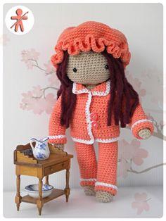 Crocheted by AmigurumisFanClub!!! Pattern by Isabelle Kessedjian http://isabellekessedjian.blogspot.com.es/2013/05/ma-poupee-au-crochet.html