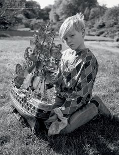 visual optimism; fashion editorials, shows, campaigns & more!: wizard: kate moss, edie campbell, matilda lowther, jean campbell, jake love and harry by tim walker for love #12
