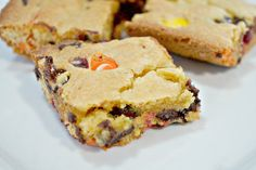 This is Not Diet Food | Peanut Butter Chocolate Chip Cookie Bars