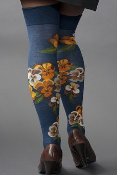 Bunch of Pansies Over the Knee