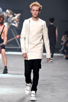 Rick Owens Spring 2014 Menswear Fashion Show
