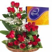 Send flowers and chocolate in India, flowers with chocolates delivery online on birthday  #buyflowersonlineindia  #buycakeonlineindia