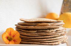 Pannenkoeken! Wie houdt er niet van deze oer-Hollandse lekkernij? Food Inspiration, Sugar Free, Pancakes, Paleo, Gluten Free, Cookies, Healthy, Breakfast, Sweet
