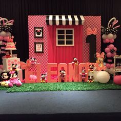 Minnie Mouse Theme Party, Birthday Party Themes, Holiday Decor, Frame, Home Decor, Picture Frame, Decoration Home, Room Decor, Frames