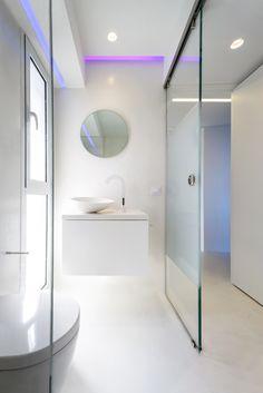 KIRKI'S WEEKEND APARTMENT   SYMPATHY #Bathroom #Architecture #Interiordesign #Mati #Attica #Greece #Kipseliarchitects