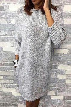 Sweater dress with a round neckline # fashionable outfits The right dress for . Sweater dress with a round neckline The right dress for this beautiful season. STEP-BY-STEP INSTRUCTION. Girls Knitted Dress, Knit Baby Dress, Knitted Baby, Poncho Dress, Smock Dress, How To Start Knitting, Feminine Dress, Dress Patterns, Coats For Women