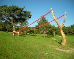 Levitating Sculptures Gracefully Defy Gravity
