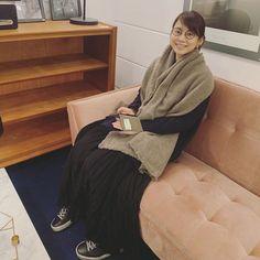 石田ゆり子さんはInstagramを利用しています:「おはようございます 気がついたらほんとに 動物のことしか書いてなかったので 焦って人間を載せます… 寒い朝です みなさまご自愛くださいませ。 🍂🐾🐿」 Simple Style, My Style, Yuri, Lily, Turtle Neck, Womens Fashion, Casual, Sweaters, Inspiration
