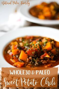 This hearty, healthy sweet potato chili is a must-try if you want a Paleo or alternative to your favorite comfort food, and craving a warm dish during these cold months! Paleo chili is way eas Crock Pot Recipes, Paleo Crockpot Recipes, Real Food Recipes, Vegetarian Recipes, Healthy Recipes, Xmas Recipes, Recipes Dinner, Potato Recipes, Casserole Recipes