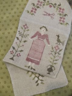 Stacy Nash - Country Sampler Spring Gardner Sewing Roll 5.2.14