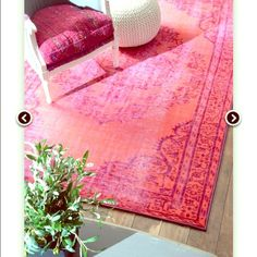 Vintage Moroccan Rug Gorgeous vintage moroccan rug! It is in flawless condition. The back has been re-matted. Zero stains. No pets. It is a breathing takin rug! Size 5x7 Other