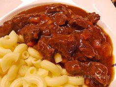 Gulasch nach Oma Magda, ein gutes Rezept aus der Kategorie Rind. Bewertungen: 1.046. Durchschnitt: Ø 4,7.