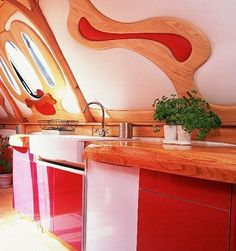 Look!: Bold and Trippy Boat Kitchen