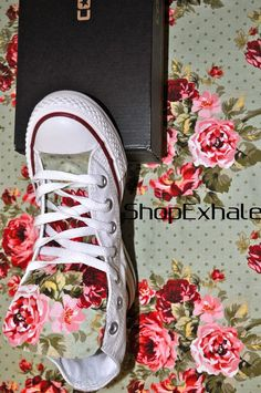 Love these!!!!! Spring Fling Floral Converse