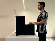 Hootsuite CEO selling $25 standing desk - Tech Insider