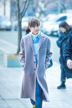 """yoseob looks like the rich ceo's youngest son"" Yoon Doo Joon, Yoseob, My Highlights, Kpop, My Idol, Beast, Raincoat, My Love, Cute"