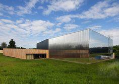Neue Schule NOMADE in Ville-du-Bois, Frankreich
